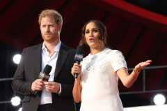Pangeran Harry dan Meghan Markle jadi target utama ujaran kebencian
